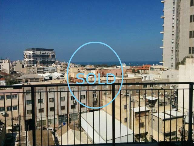 2 Rooms apartment for sale in florantin of Tel Aviv