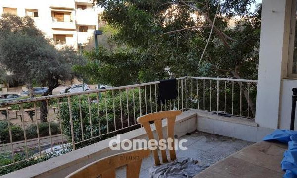 למכירה דירת 3 חדרים בשדרות בן גוריון תל אביב