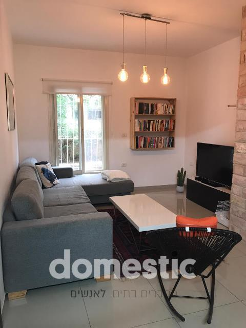 סופר דירות למכירה בצפון הישן תל אביב - תיווך תל אביב צפון ישן | דומסטיק TLV VB-55