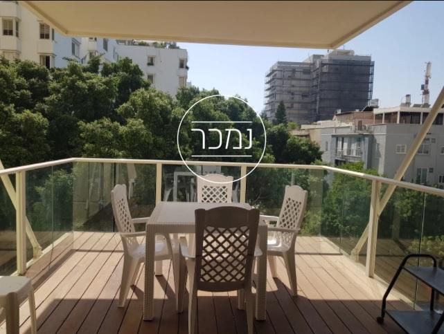 למכירה דירת 4 חדרים במגדלי פנקס תל אביב