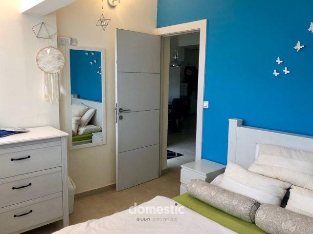 למכירה דירת 4 חדרים משופצת בקרבת כיכר מסריק