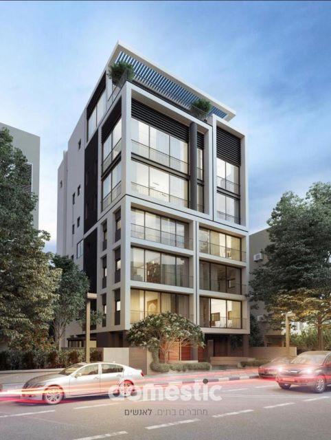 למכירה דירת 4 חדרים בבניין חדש במרכז העיר