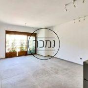 למכירה דירת 4 חדרים בבניין מחודש בצפון הישן תל אביב